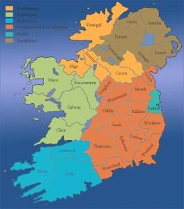 Eine Karte mit den Counties von Irland und Nordirland.